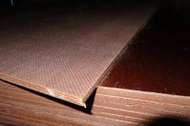 Фанера ФСФ з антиковзаючим покриттям