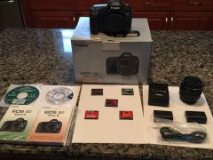 Канон ЕОС 5D Mark III з 22.3 МП Цифрова дзеркальна камера - Цварт
