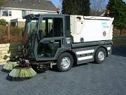 Надаємо послуги по механізованій, вакуумного прибирання доріг