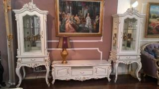 Найкращі меблі для вітальні в класичному стилі