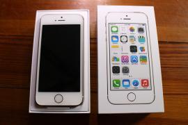 Планшети iPad Особливості Apple Ipad повітря Wi-Fi +4 G 128GB (срібло)