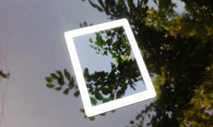 Планшети iPad Продам планшет бо Apple iPad 2 16gb Wifi White