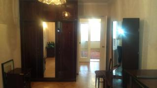 Предлагается в продажу 4-х ком. квартира в кирпичном доме на пр
