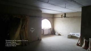 Продается своя 3-комн. квартира на пл. Льва Толстого, Одесса