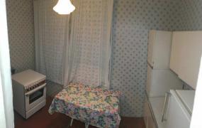Продам: 1-но комн. кв. 3/9 этаж, балкон 5.5 м.кв. Шишковка