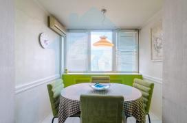 Продам 2-х комнатную квартиру возле метро Дворец Украины