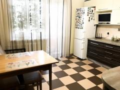 Продається сама видова квартира, Чабани / Теремки