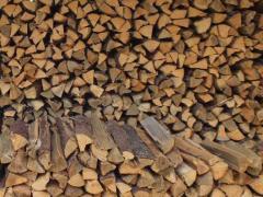 Продаються дрова: дуб, акація