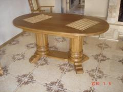 Продаються столи для кухні або вітальні