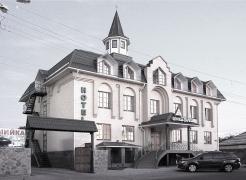 Продаж готельного комплексу Йолки-Палки