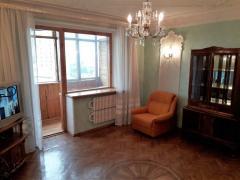 Selling 3 com. apartment, metro Pushkinskaya