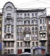 Велика затишна кімната 21 м2 подобово в центрі Санкт-Петербурга
