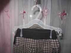 вішалки пластикові з зажимами для штанів оптом