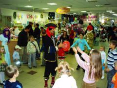 Випускний у дитячому садочку з клоунами Київ, день народження