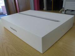 Яблуко MacBook Pro 15 дюймів з дисплеєм Retina