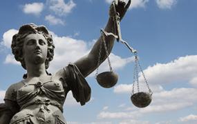 Юридична допомога в Польщі у веденні бізнесу для іноземців