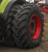Здвоєні шини для тракторів і комбайнів
